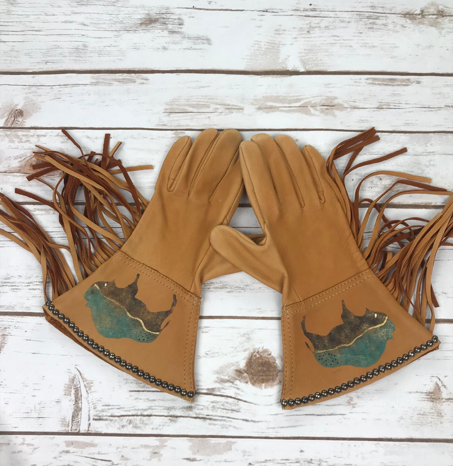 Patricia Wolf Dream Buffalo Gloves in Saddle Tan -Overview