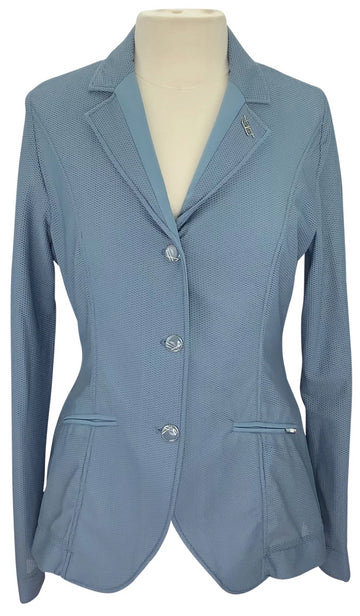 front view of Alessandro Albanese Motionlite Jacket in Aviation Blue