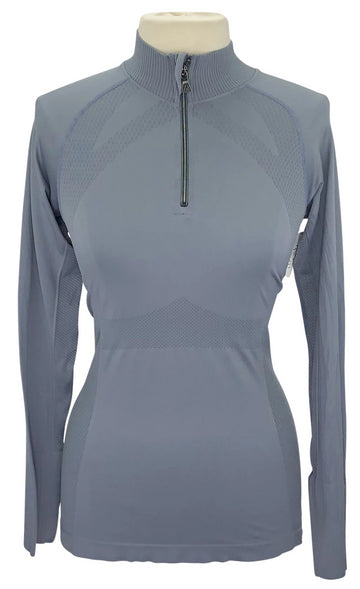 front view of Anique Signature Sun Shirt in Platinum Grey