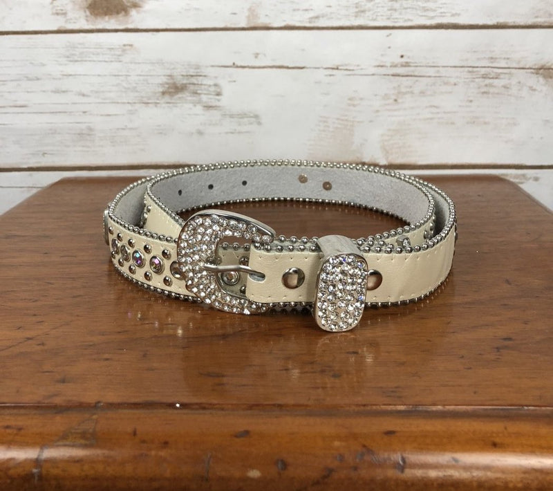 Western Bling Belt in Pearl - Women's M/L