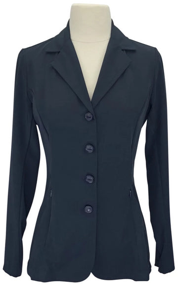 front view of Grand Prix TechLite Quinn Show Coat in Navy