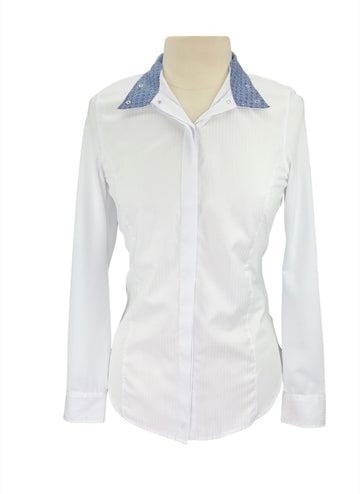 front view of Ariat Triumph Liberty Show Shirt in White/Blue Multi Collar