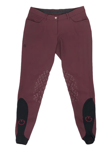 front view of Cavalleria Toscana Breeches in Burgundy