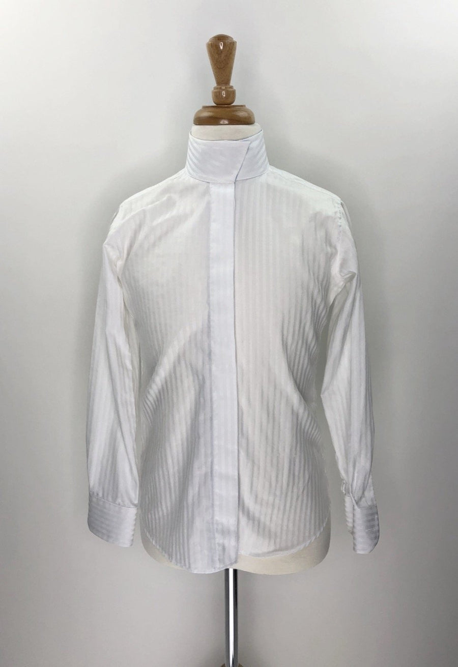 Beacon Hill Coolmax Wrap Collar Show Shirt in White/Blue Stripe- Front Closed Collar View