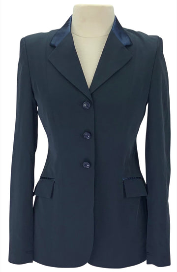 Grand Prix Techlite Hunt Coat in Navy with a Satin Collar