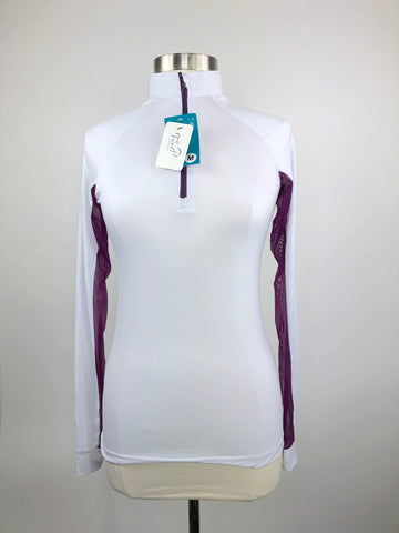 It's a Haggerty's Horse d'oeuvres Sun Shirt in White/Plum - Women's M