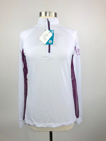 It's a Haggerty's Horse d'oeuvres Sun Shirt in White/Plum - Women's XL