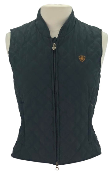 front view of Ariat Quilted Vest in Black