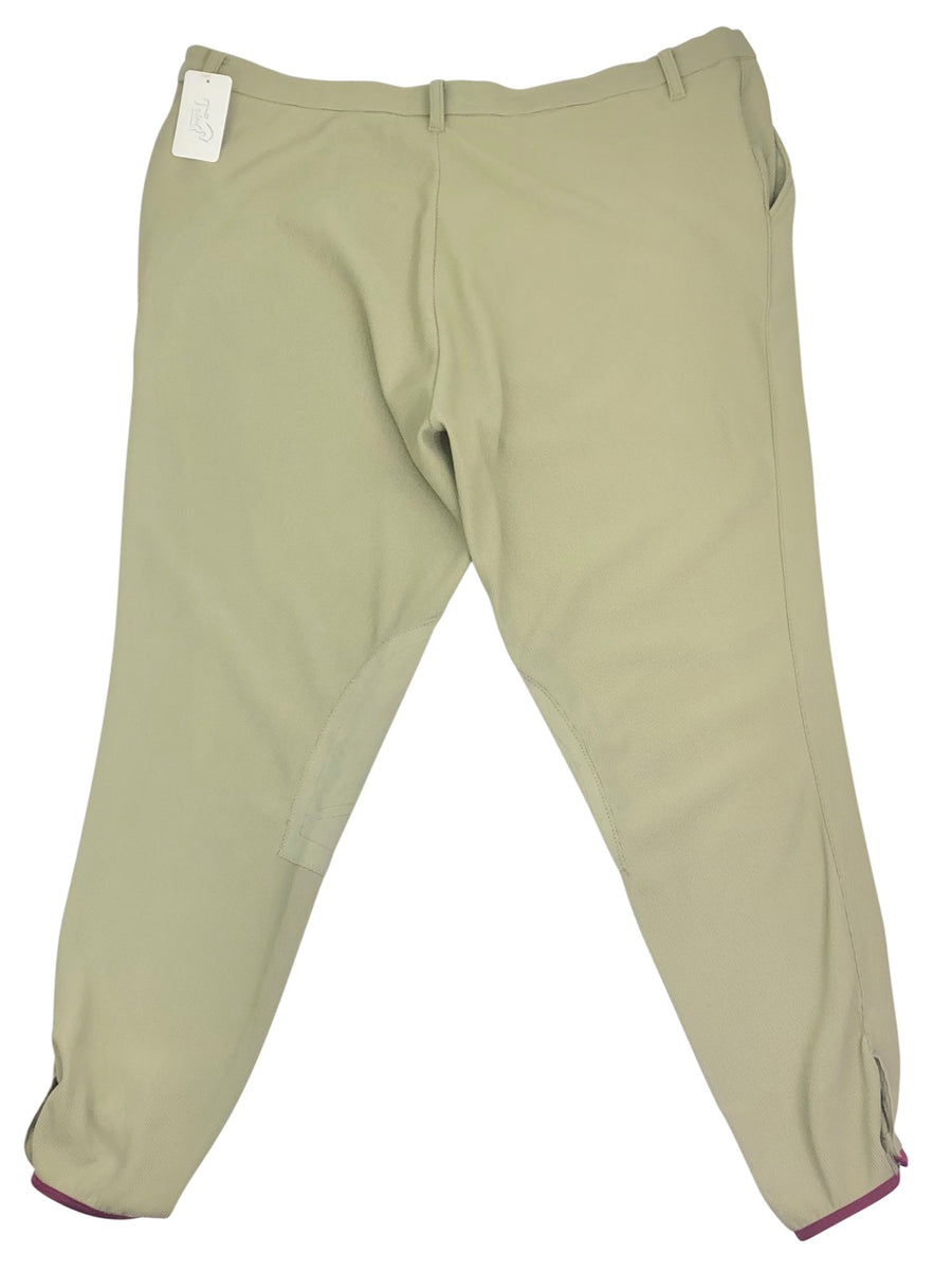 Back of Devon Aire Pro Ribbed Breeches in Tan