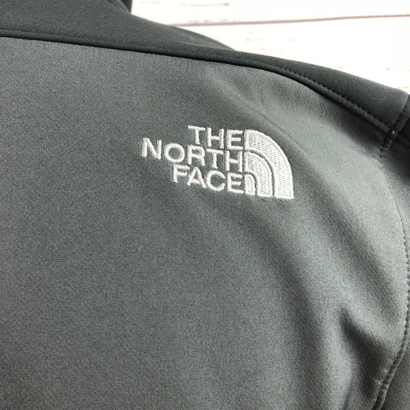 The North Face Apex Soft Shell Jacket in Grey/Black - Men's Medium