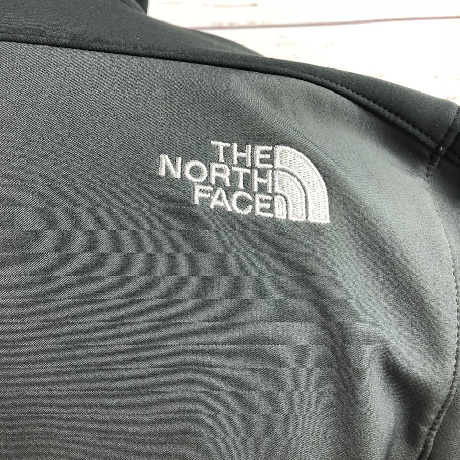 The North Face Apex Soft Shell Jacket in Grey/Black - Men's M