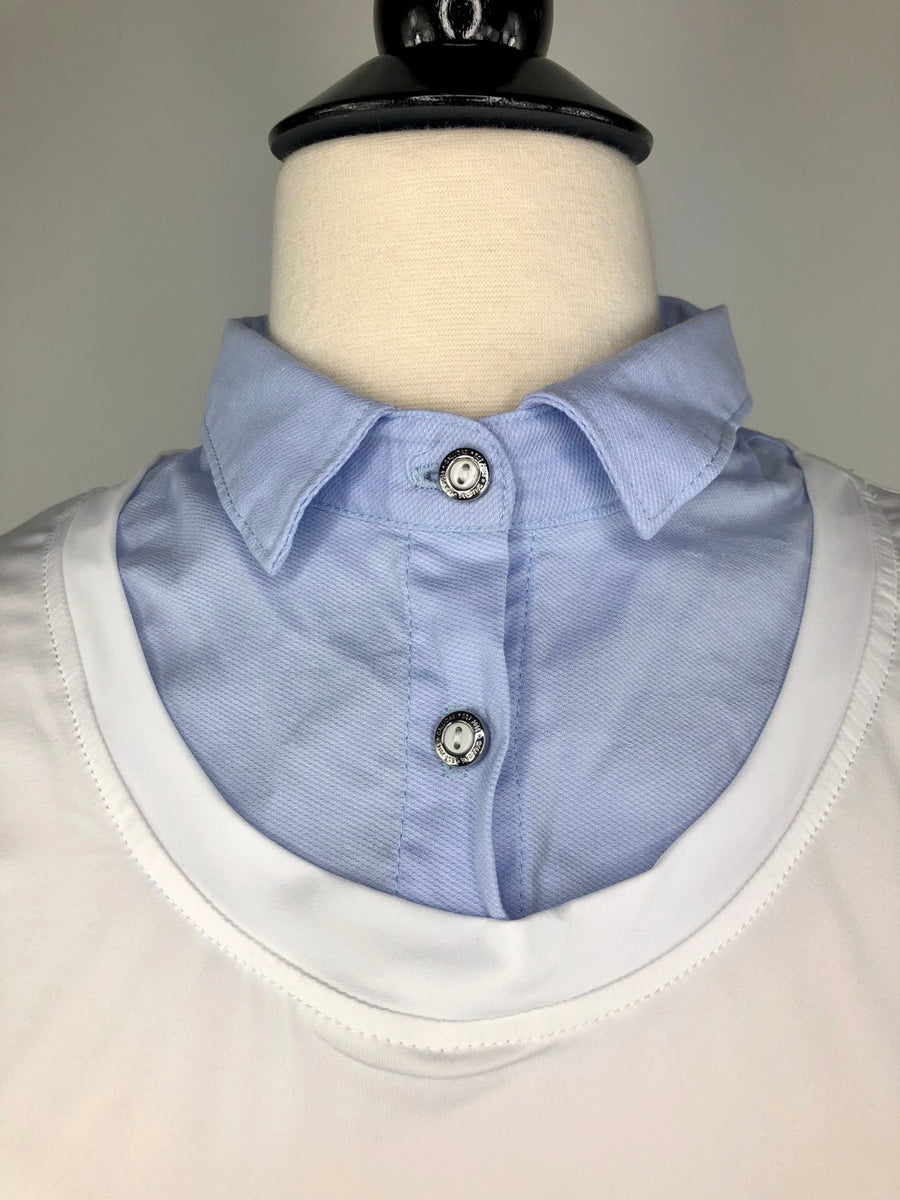 Callidae Long Sleeve Practice Shirt in White/Sky Blue - Collar View