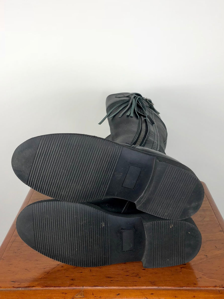 El Estribo Boots in Black -  Bottom Sole View