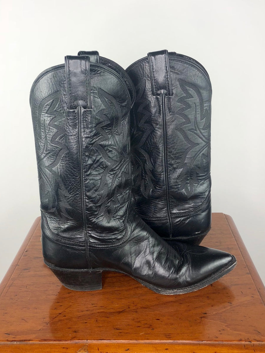 Justin Pointed Toe Western Boots in Black - Side View 3