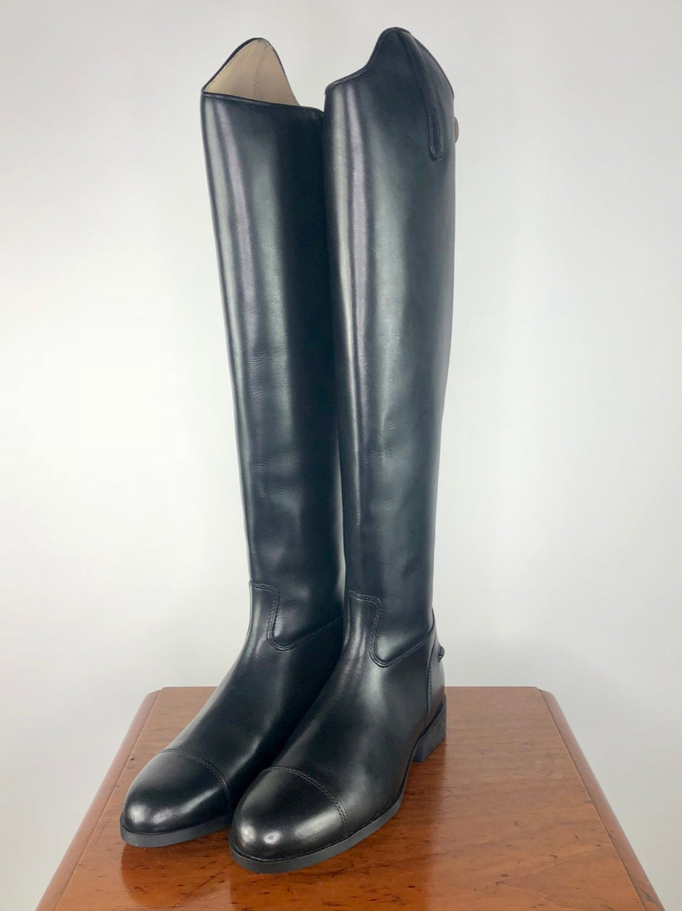 Ariat Westchester Zip Dress Boot in Black - Women's US 8 Tall/Full