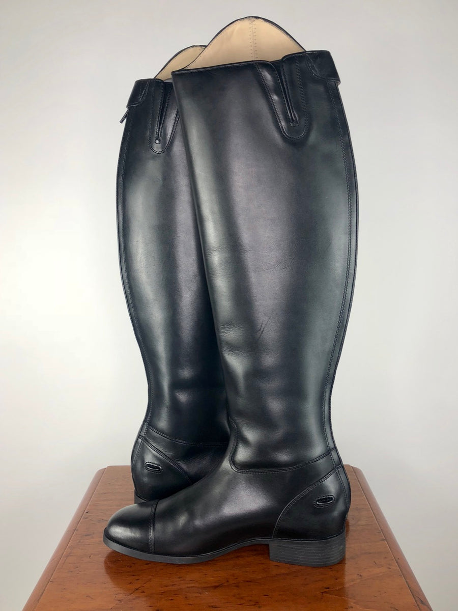 Ariat Westchester Zip Dress Boot in Black- Side View 2