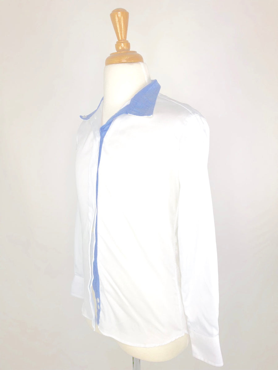 Beacon Hill Show Shirt in White/Blue- Left Side View