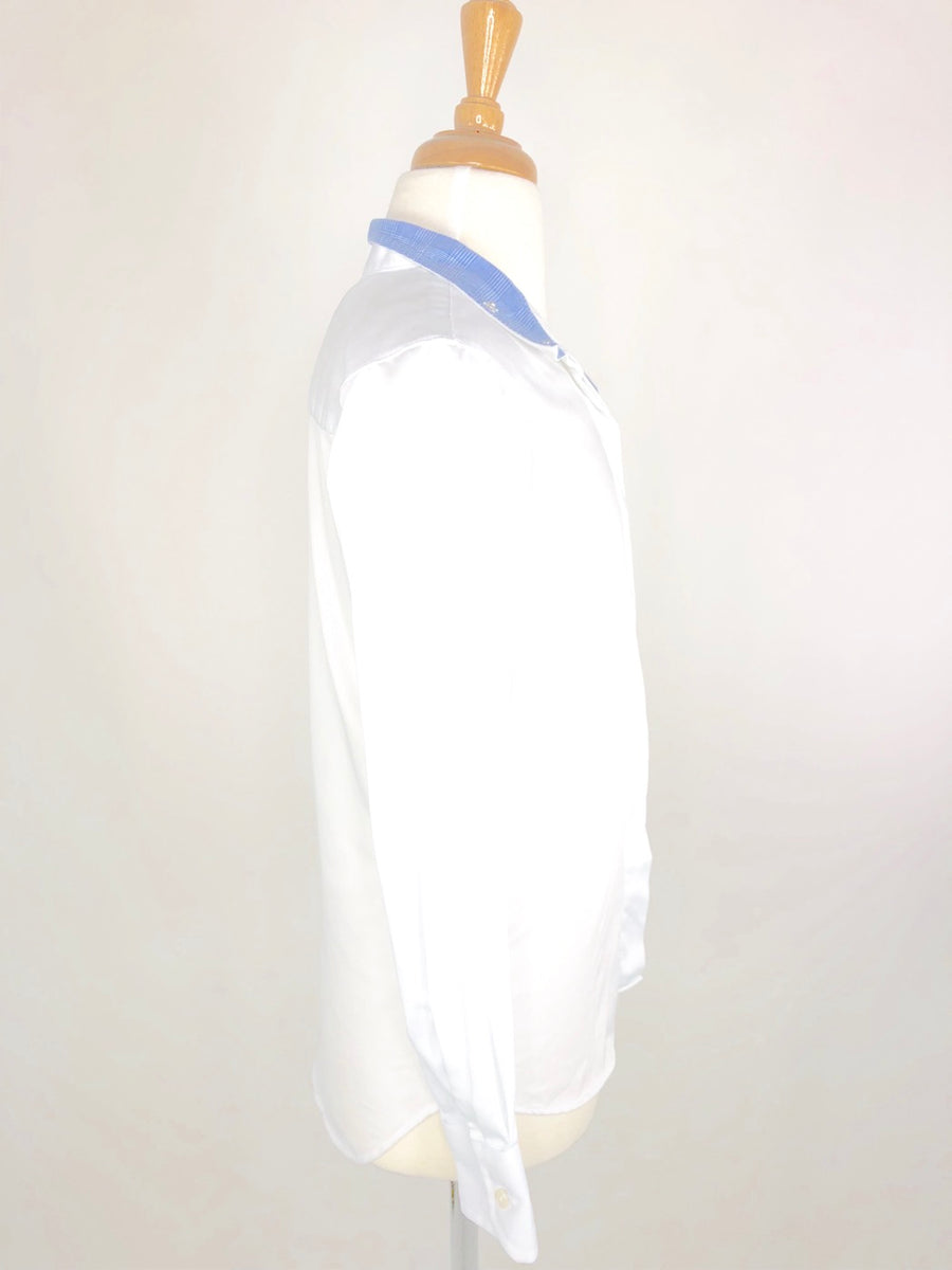 Beacon Hill Show Shirt in White/Blue- Right Side View