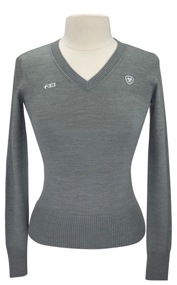 front view of grey ramiro ariat sweater