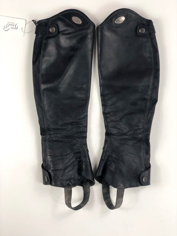 Parlanti Half Chaps in Black - Outside View