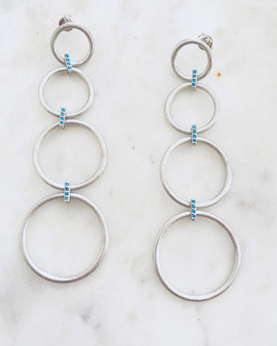 4 brushed silver circle earrings