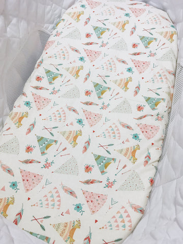 Girly Floral Feather Teepee Bassinet Fitted Sheet