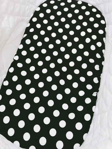 White Spots on Black Bassinet Fitted Sheet