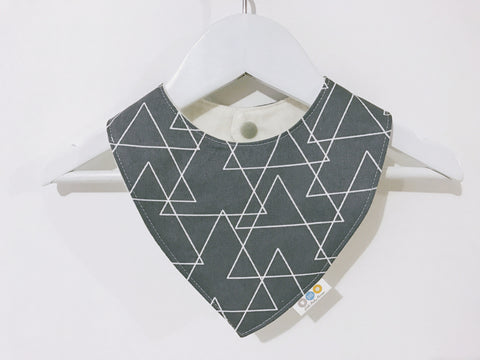White Geo Triangles on Grey Bandana Bib