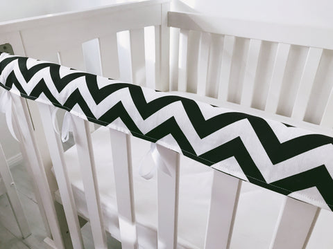 Black and White Chevron Teething Rail Cover