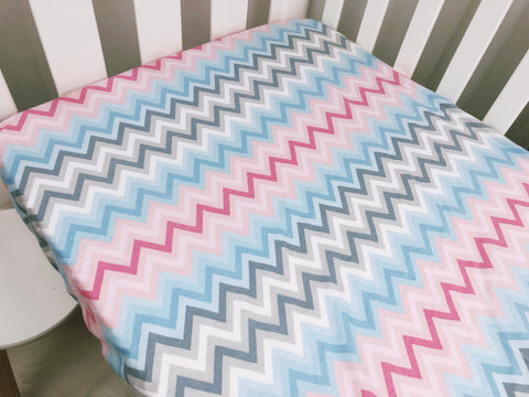 Unisex Chevron Flannel Cot Fitted Sheet