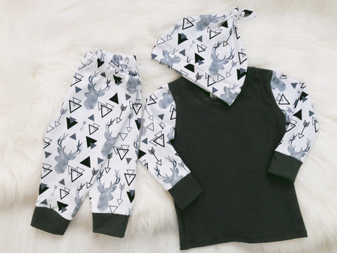 Geometric Grey Deer Set