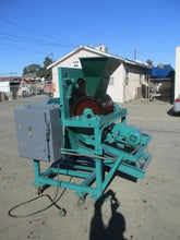 Industrial Separator fish grinder and deboner /deboning machine for pet food etc