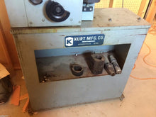 KURT MFG TOOL PRESETTER MODEL B-45 / WITH HEIDENHAIN DRO (OC633)