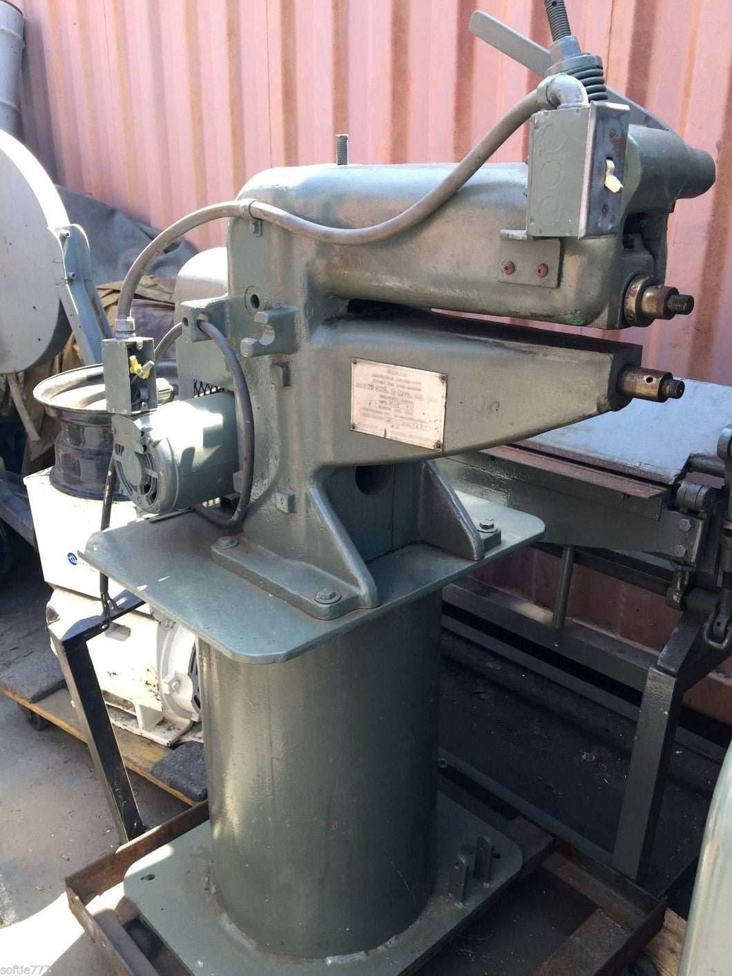 BARTH ENG & MFG CO. POWER BEAD ROLLER 16
