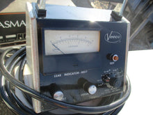 VEECO LEAK DETECTOR MODEL MS-17 WITH INDICATOR MS-17_POWERS UP_GREAT DEAL_$$$!