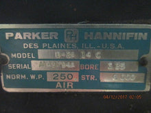 Parker D-2A 14C Pneumatic Air Cylinder Bore:3.25 AS-IS IN GREAT CONDITION!
