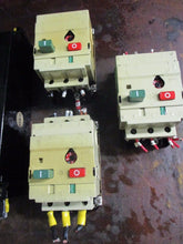 LOT OF CIRCUIT BREAKER, CAPACITORS AND STARTERS_SEE CONDITION FOR DETAILS_AS-IS_