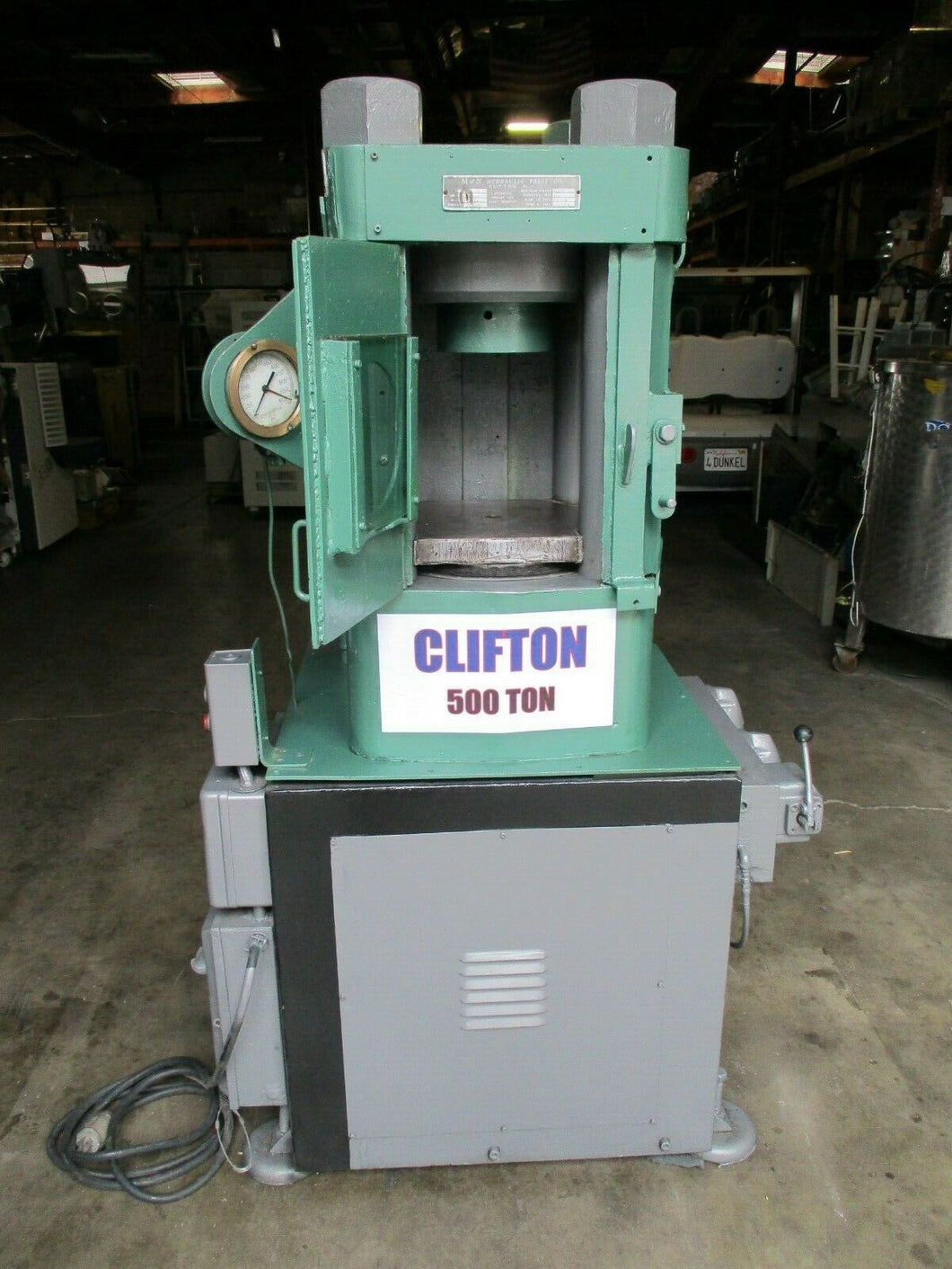 500 TON CLIFTON / M & N HYDRAULIC HOBBING PRESS / COINING PRESS