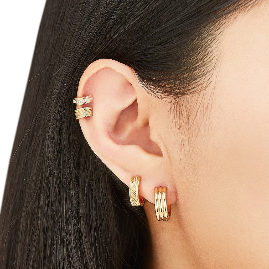 Prong-Set Diamond Single Ear Cuff ( 2 Colors )