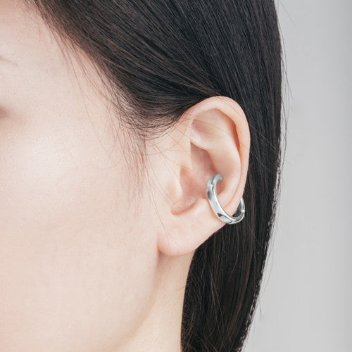 Gwen Ear Cuffs (2 Colors)