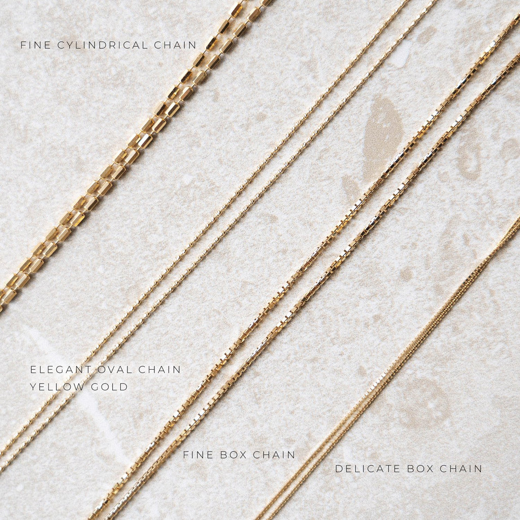 Elegant Oval Chain Yellow Gold
