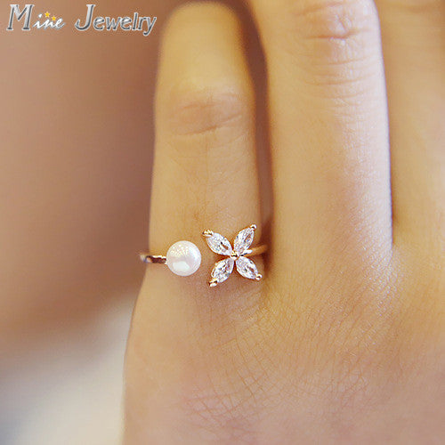 Crystal Butterfly Open Ring with Simulated Pearl