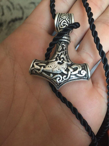 Necklaces - Thor's Hammer Pendant Choker
