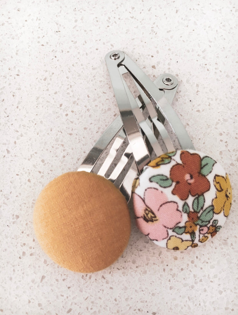 Button Bow Clip Set - Goldie