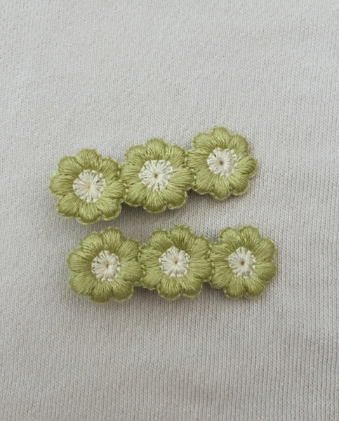 Green Bloom Clip Set