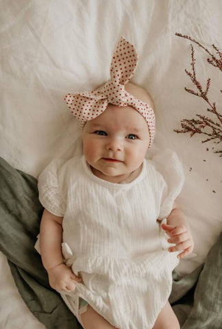 "Natural Red Spot ""Petite"" Topknot"