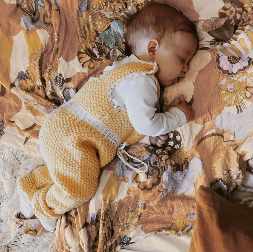 """Daydreamer"" Swaddle + Bow Set"