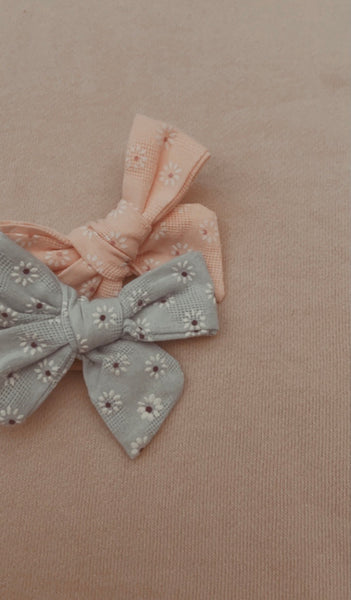 Bloom Embroidery Bow Set