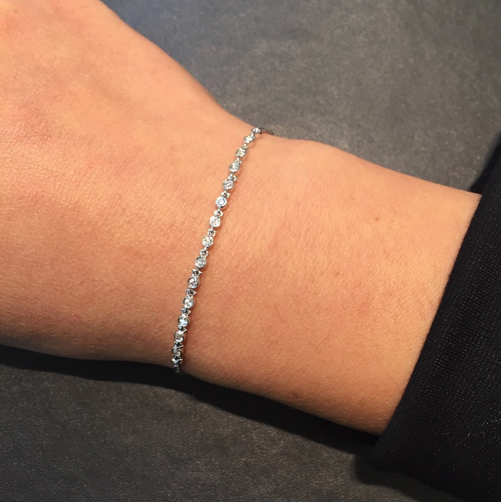 Dainty Diamond Bracelet in 18K White Gold