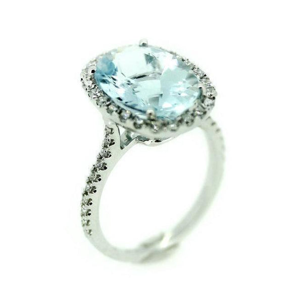 Aquamarine Oval Cut Ring in 18K White Gold